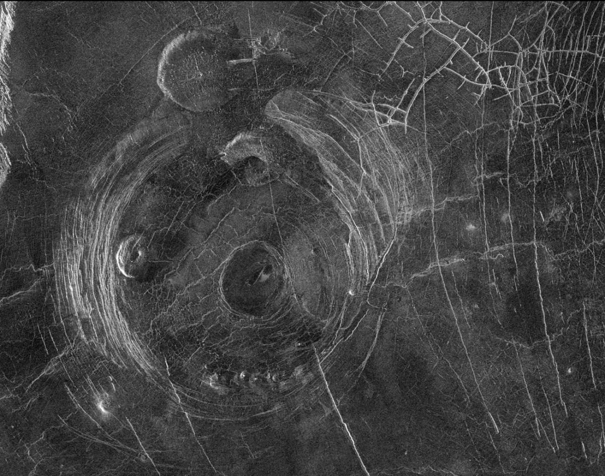 Corona structures on Venus point to widespread volcanic activity, need for further exploration - Space Explored