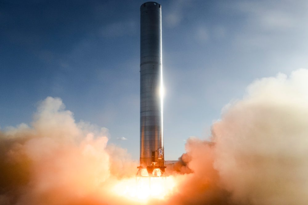Starship super heavy booster ignites foe first Static Fire