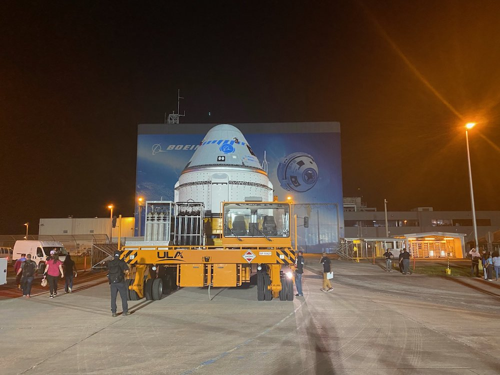 Starliner capsule rolls out of C3PF