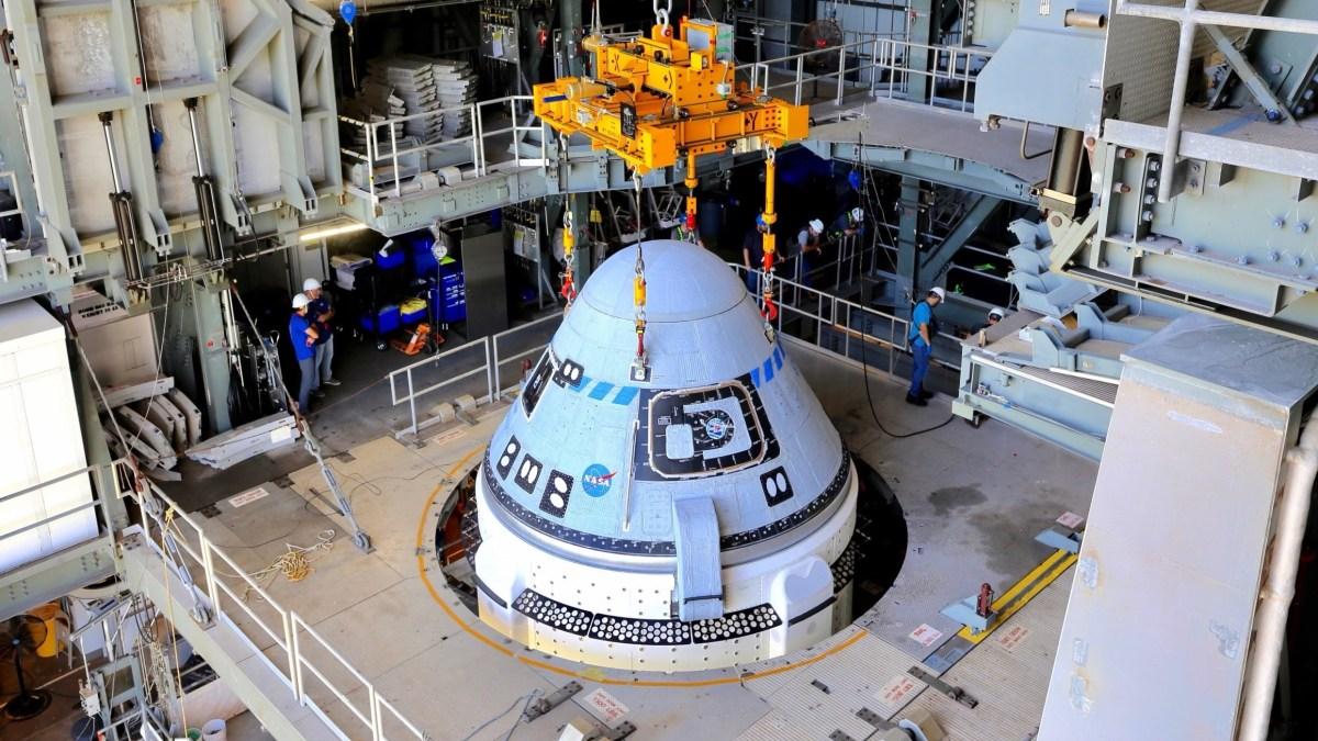 Starliner Capsule secured to Atlas Rocket