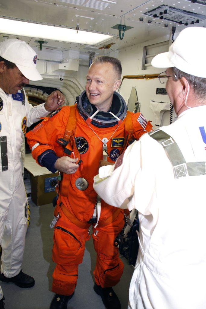 Doug Hurley pilot its-127
