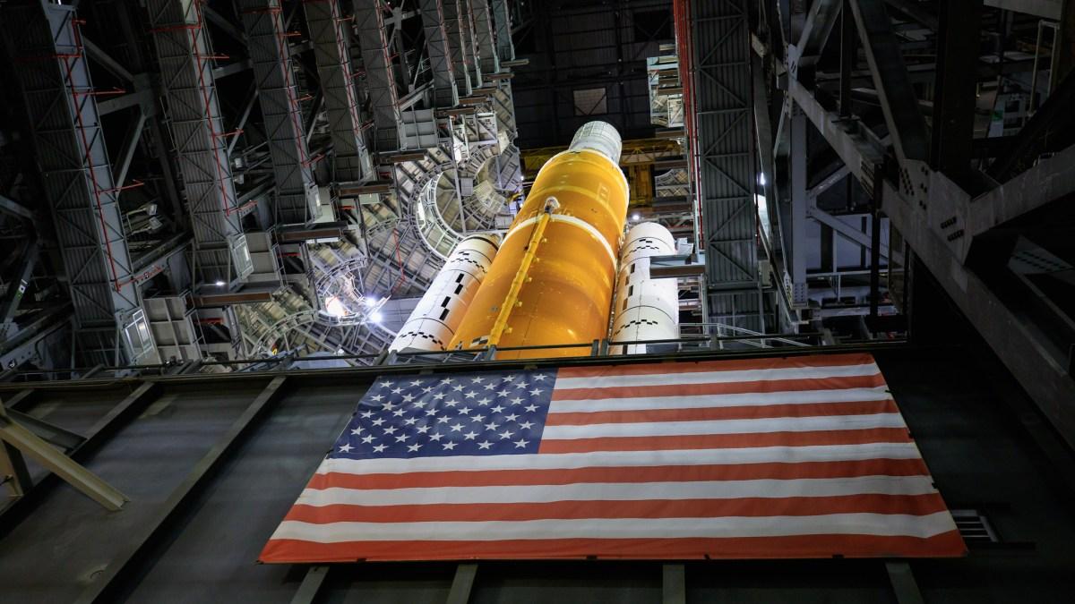 SLS Rocket in the VAB ahead of Artemis I