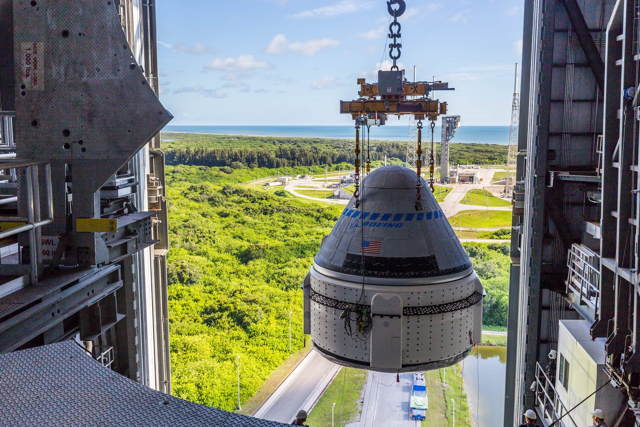 Boeing Starliner capsule lifted at Pad 41