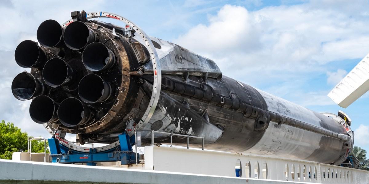 Falcon B1023 KSC